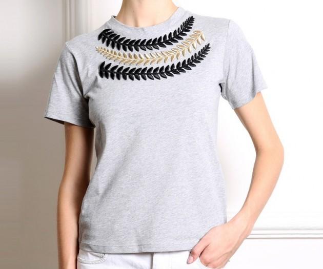 WIT187-Camiseta-gris-con-bordados